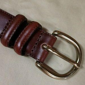 Jos A Bank EUC brown Italian leather belt